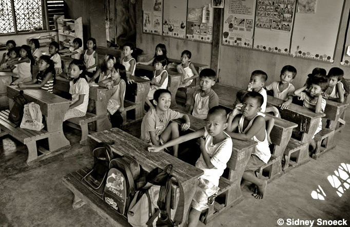 Comparative Study of Education System of Philippines and England Essay