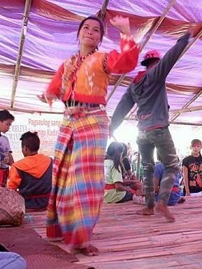 The Binanog dance performed during the 2016 Tumanduk nga Mangunguma nga Nagapangapin sa Duta kag Kabuhi (TUMANDUK) Assembly held in Tapaz, Capiz earlier this year. Photo Credits: TUMANDUK.